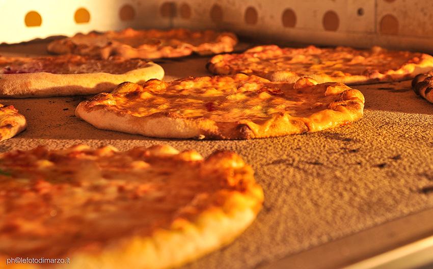ICIF  Italian Culinary Institute For Foreigners Costigliole d' AstiLEZIONE PIZZA,LESSONS PIZZA